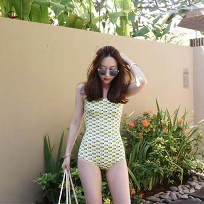 ชุดว่ายน้ำวันพีช สีเหลืองสับปะรด