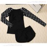 [พร้อมส่ง]BKN-480 ชุดว่ายน้ำแขนยาว+กางเกงขาสั้นสีดำแต่งโบว์ แขนสีดำลายจุดขาว